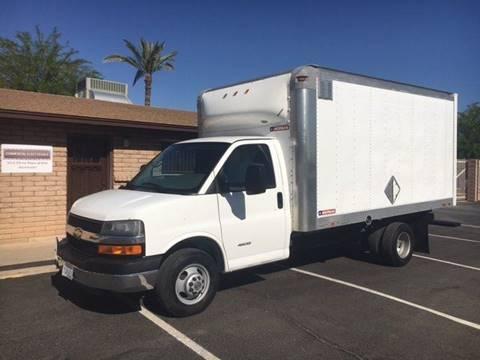 2011 Chevrolet C4500 14' BOX VAN for sale in Phoenix, AZ