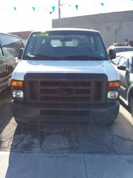 2008 Ford E-Series Wagon for sale in Bronx, NY