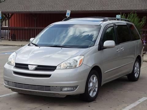 2005 Toyota Sienna for sale in Houston, TX