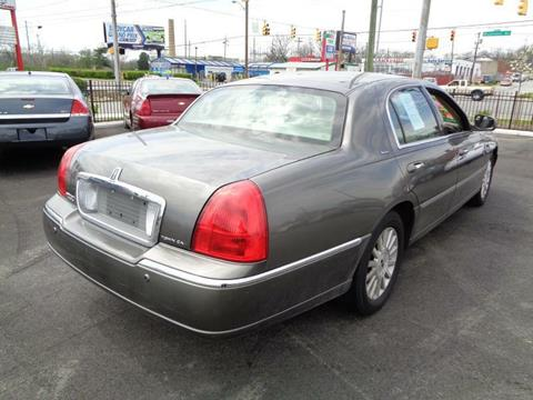2004 Lincoln Town Car for sale in Indianapolis, IN