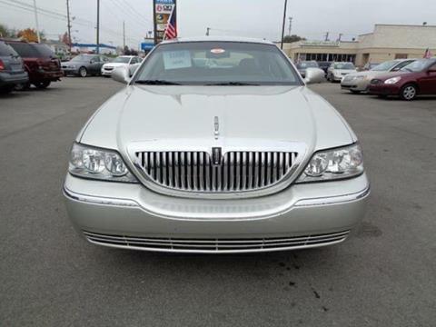Lincoln Town Car For Sale In Mount Pleasant Mi Carsforsale Com