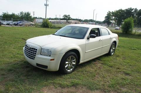 2008 Chrysler 300 for sale at Begleys Automotive Group in Elkhart IN