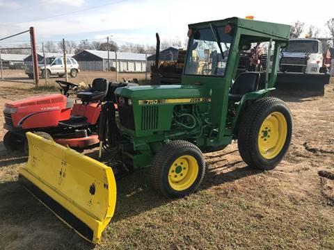 2018 John Deere 750 Tractor