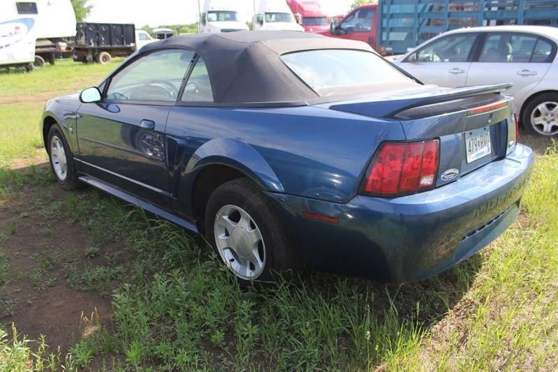 2000 Ford Mustang 2dr Convertible - Isanti MN