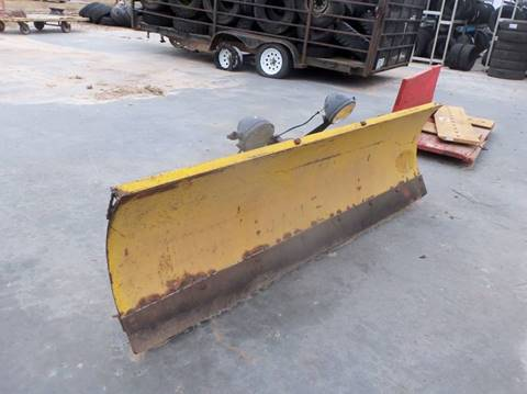 Meyer 7 1/2 ft Plow for sale in Isanti, MN