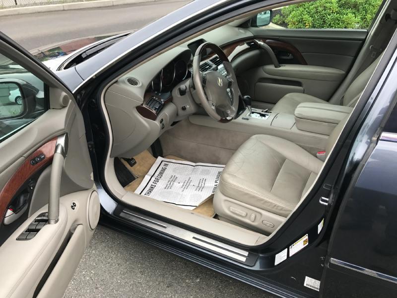 2005 Acura RL SH-AWD 4dr Sedan - New Bedford MA