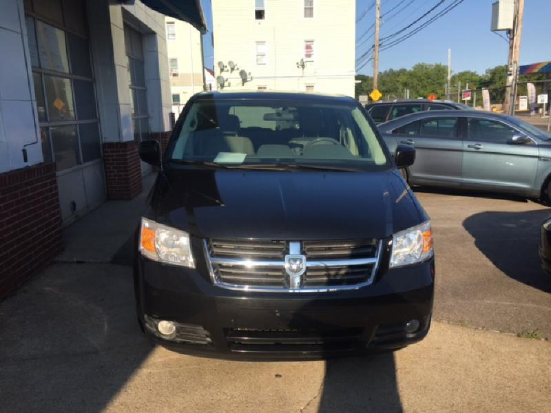 2008 Dodge Grand Caravan SXT Extended Mini-Van 4dr - New Bedford MA