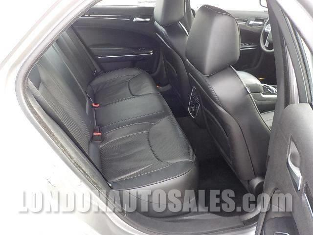 2014 Chrysler 300 C 4dr Sedan - London KY