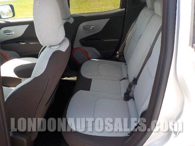2015 Jeep Renegade Latitude 4dr SUV - London KY