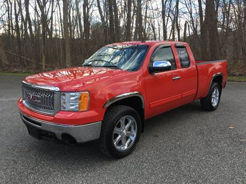 2009 GMC Sierra 1500 for sale at Lou Rivers Used Cars in Palmer MA