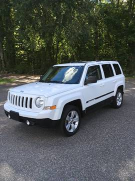2011 Jeep Patriot for sale at Lou Rivers Used Cars in Palmer MA