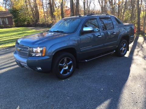 2008 Chevrolet Avalanche for sale at Lou Rivers Used Cars in Palmer MA