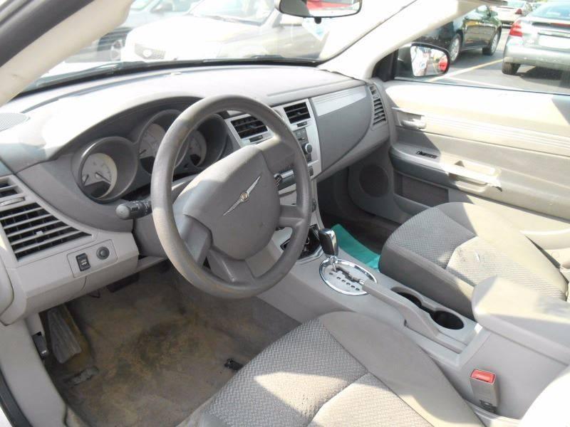 2008 Chrysler Sebring LX 2dr Convertible - Oregon OH