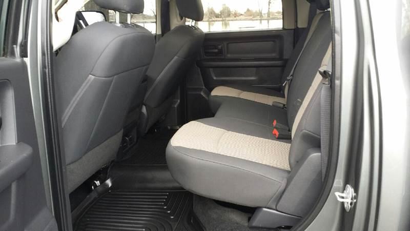 2012 RAM Ram Pickup 2500 4x4 ST 4dr Crew Cab 8 ft. LB Pickup - Nampa ID