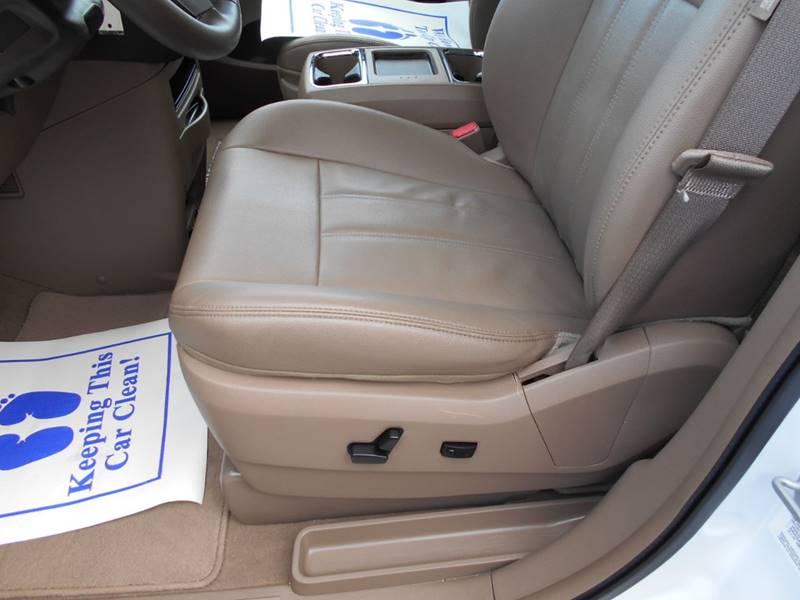 2014 Chrysler Town and Country Touring 4dr Mini-Van - Arab AL