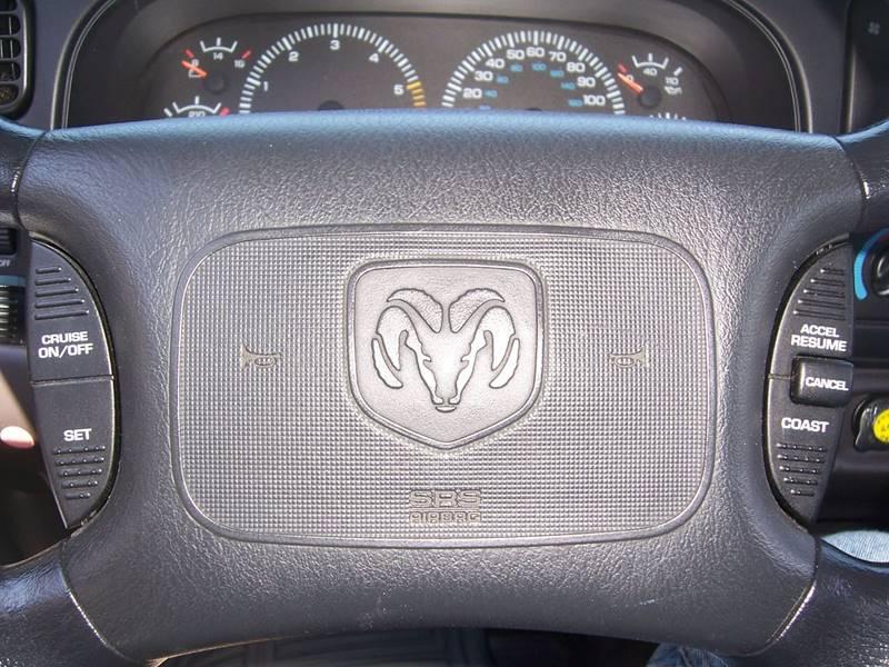 2000 Dodge Dakota for sale at Gambacorta Motors Inc. in Townsend DE