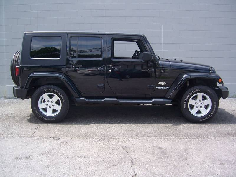 2009 Jeep Wrangler Unlimited for sale at Gambacorta Motors Inc. in Townsend DE