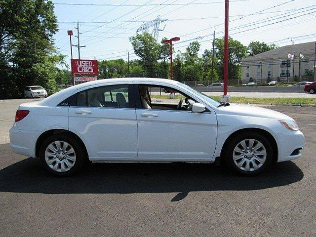 2012 Chrysler 200 LX 4dr Sedan - Somerset NJ