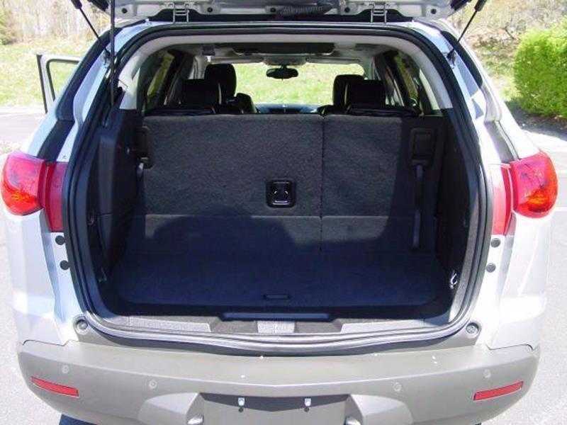 2009 Chevrolet Traverse AWD LT 4dr SUV w/1LT - Branford CT