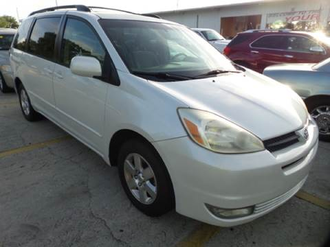 2005 Toyota Sienna for sale in Tampa, FL
