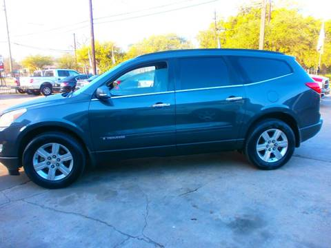 2009 Chevrolet Traverse for sale at Under Priced Auto Sales in Houston TX