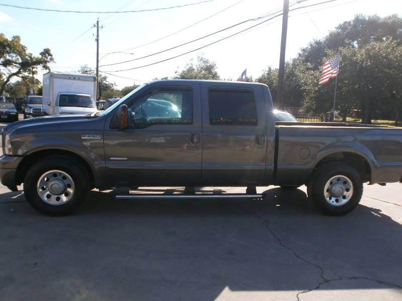 2005 Ford F-250 Super Duty for sale at Under Priced Auto Sales in Houston TX