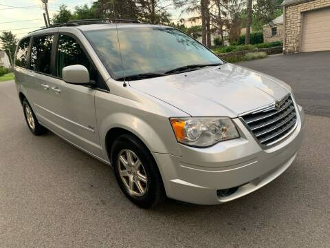 2008 Chrysler Town and Country for sale at Via Roma Auto Sales in Columbus OH