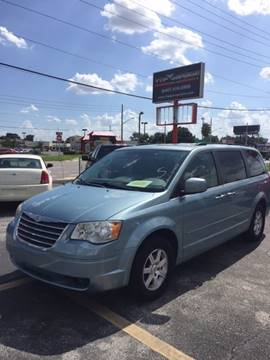 2008 Chrysler Town and Country for sale in Orlando, FL