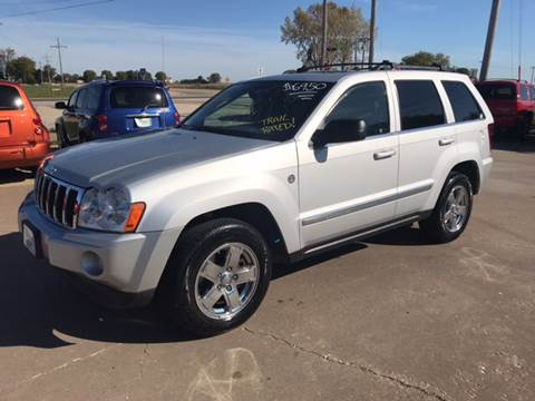 2006 Jeep Grand Cherokee for sale in Eldridge, IA