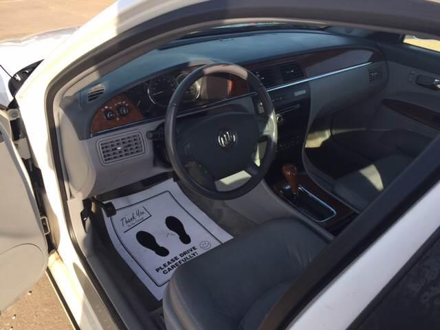 2006 Buick LaCrosse CXS 4dr Sedan - Eldridge IA