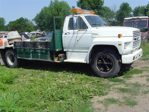 1987 Ford F-700 for sale in Austin, MN