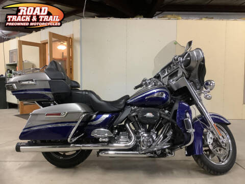 2016 Harley-Davidson® FLHTKSE - CVO™ Limited for sale at Road Track and Trail in Big Bend WI