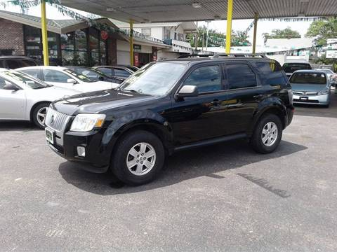 2010 Mercury Mariner for sale at Arak Auto Group in Bourbonnais IL