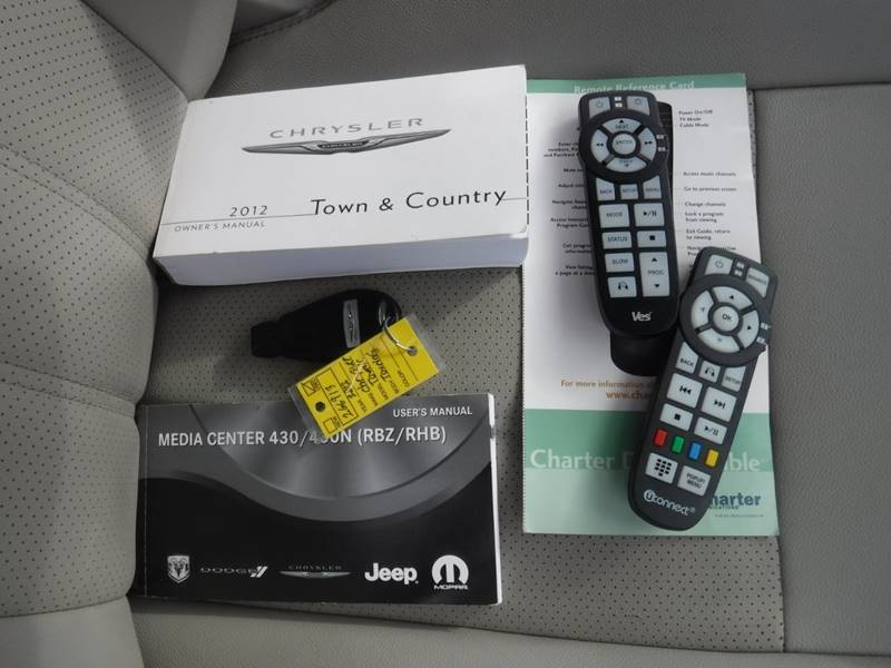 town and country 2012 manual