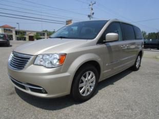2013 Chrysler Town and Country Touring 4dr Mini-Van - Elma NY