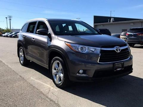 2016 Toyota Highlander for sale at Used Cars Madison in Madison WI