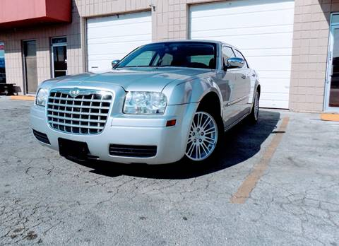 2009 Chrysler 300 for sale at CTN MOTORS in Houston TX