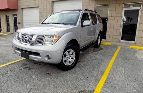 2006 Nissan Pathfinder for sale at CTN MOTORS in Houston TX