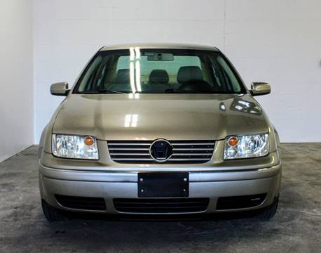 2004 Volkswagen Jetta for sale at CTN MOTORS in Houston TX