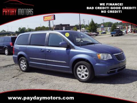 2011 Chrysler Town and Country for sale at Payday Motors in Wichita And Topeka KS