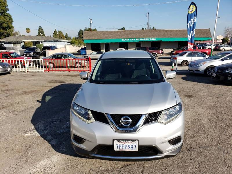 2015 Nissan Rogue S (midyear release)