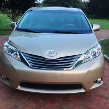 2011 Toyota Sienna for sale in Bunker Hill, WV