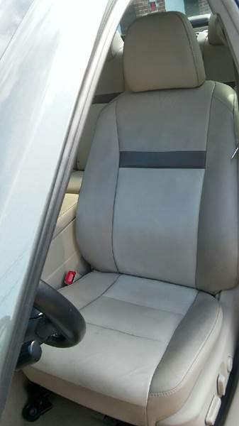 2013 Toyota Camry XLE 4dr Sedan - Brockton MA