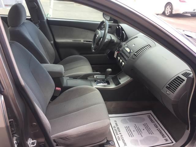 2005 Nissan Altima 2.5 S 4dr Sedan - Brockton MA
