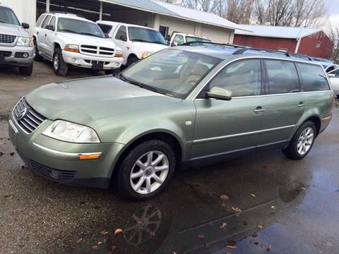 2004 Volkswagen Passat for sale at RABI AUTO SALES LLC in Garden City ID