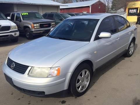 1999 Volkswagen Passat for sale at RABI AUTO SALES LLC in Garden City ID
