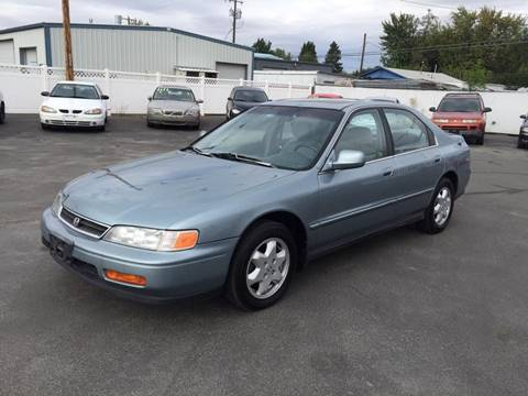 1995 Honda Accord for sale at RABI AUTO SALES LLC in Garden City ID