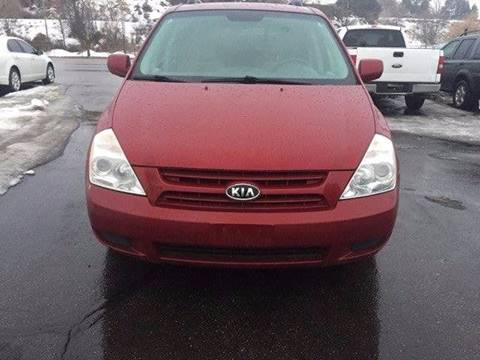 2008 Kia Sedona for sale at RABI AUTO SALES LLC in Garden City ID