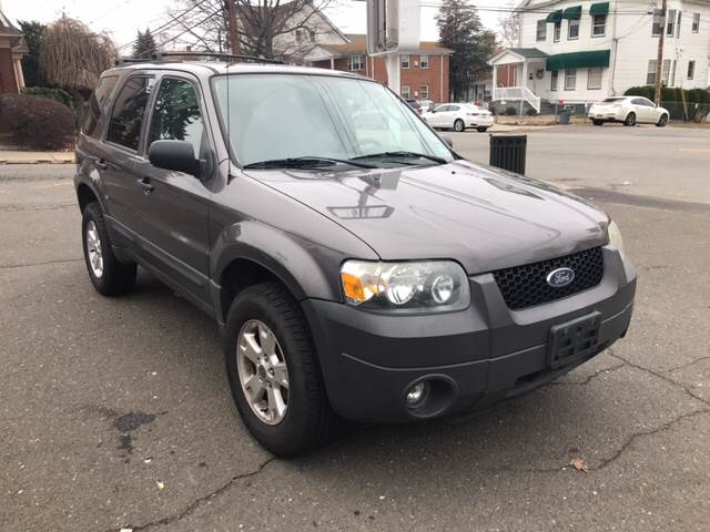 Ford Escape XLT For Sale CarGurus - 2005 escape