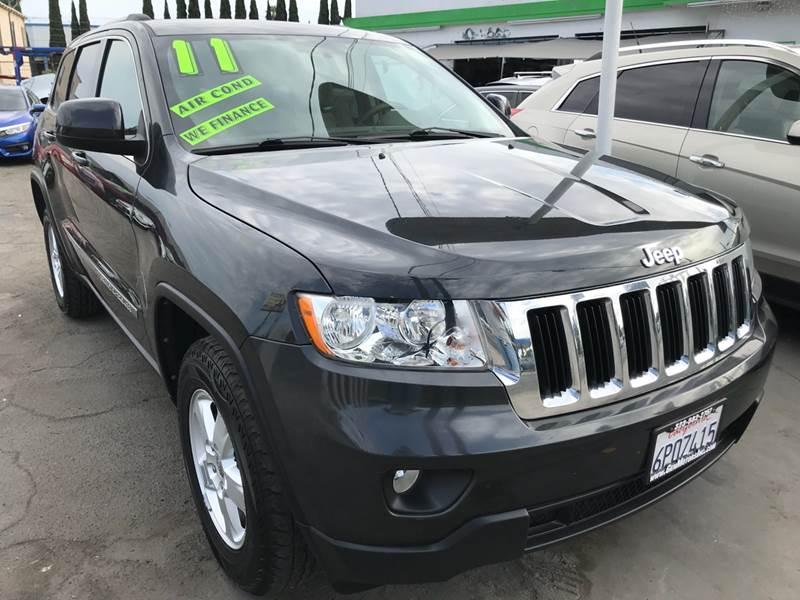 2011 Jeep Grand Cherokee Laredo 4x2